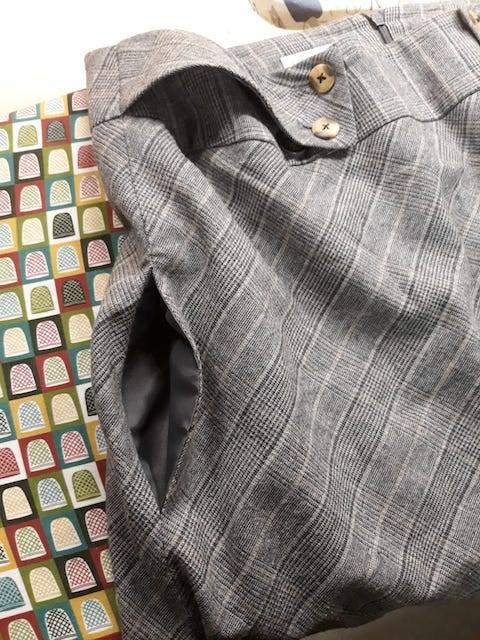 Confection d'une poche dans une jupe